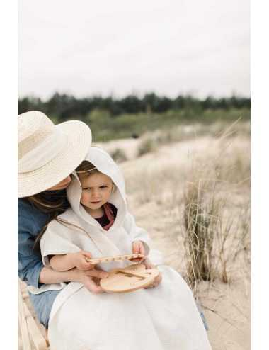 Hooded linen beach towel