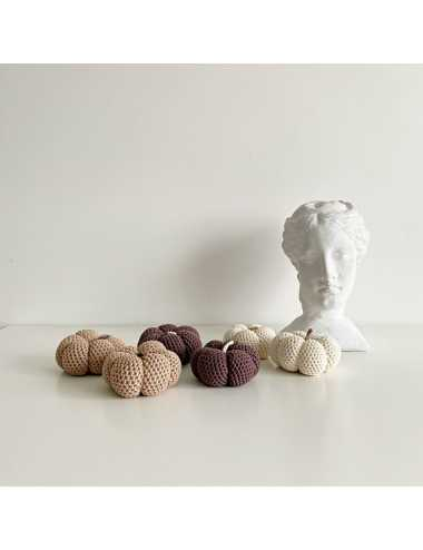 Crocheted decoration pumpkin | cream
