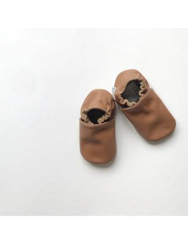 Leather baby slippers | plain nougat