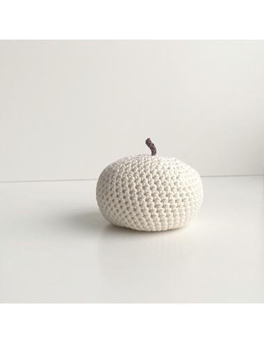 Décoration au crochet, pomme | crème